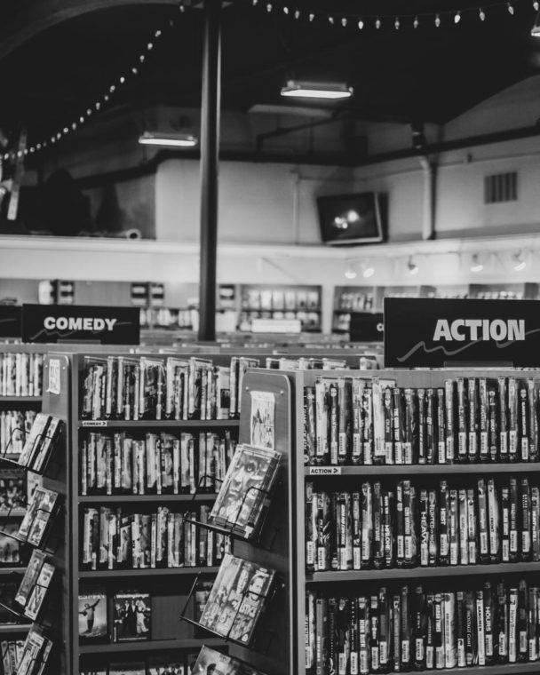 DVD販売店の写真